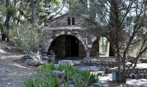Ο ναός του Πικιώνη «περιμένει» τον χαρακτηρισμό του