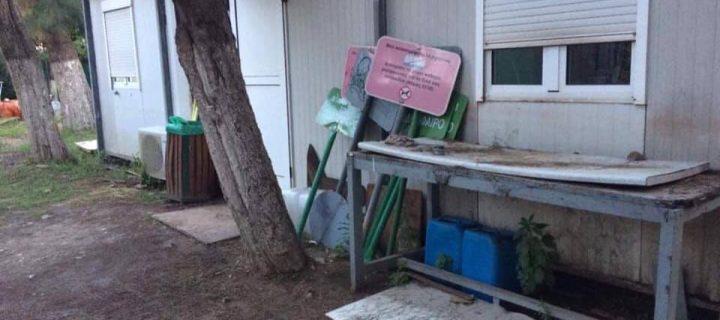 Ούτε λέξη στο πρόγραμμα του κ. Ζενέτου για τους εργαζόμενους σε Καθαριότητα και Πράσινο που στοιβάζονται ακόμη σε κοντέινερ